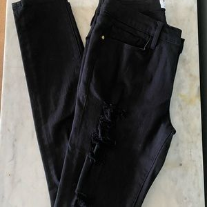 Frame black skinny distressed jeans size 29